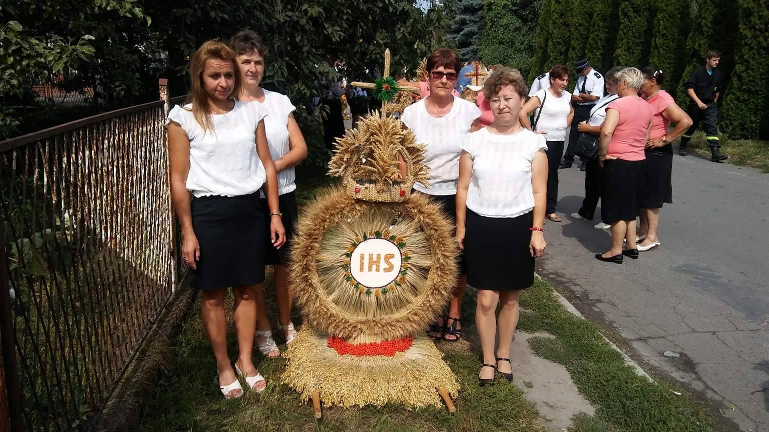 Udział Sołectwa Brodzica w Dożynkach Gminno-Parafialnych w Teptiukowie 2017