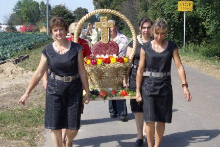 Dożynkli Gminno-Parafialne 2012 w Masłomęczu udział Brodzicy