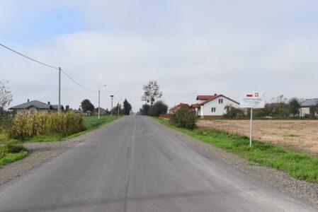 Odbudowana droga Brodzica-Gozdów